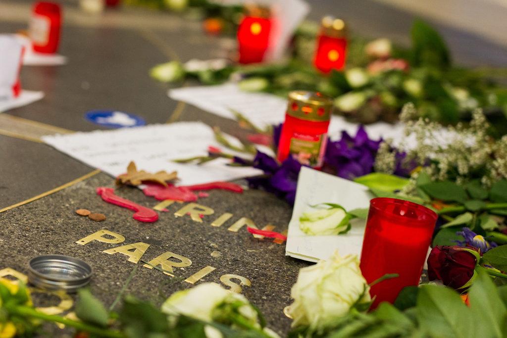 Trauer nach den Anschlägen in Paris