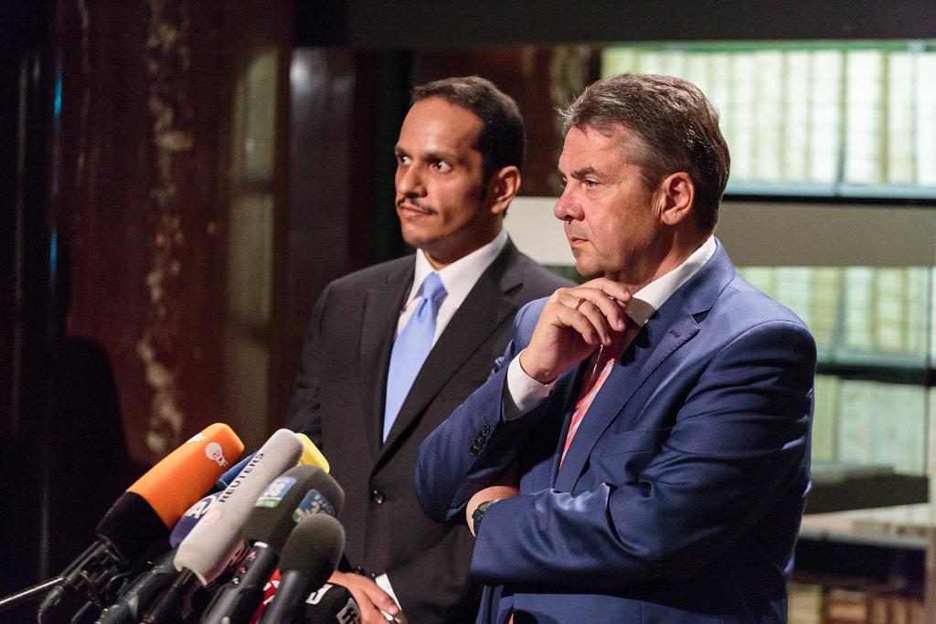 Bundesaußenminister Sigmar Gabriel trifft sich mit dem katarischen Außenminister Scheich Mohammed Al-Thani