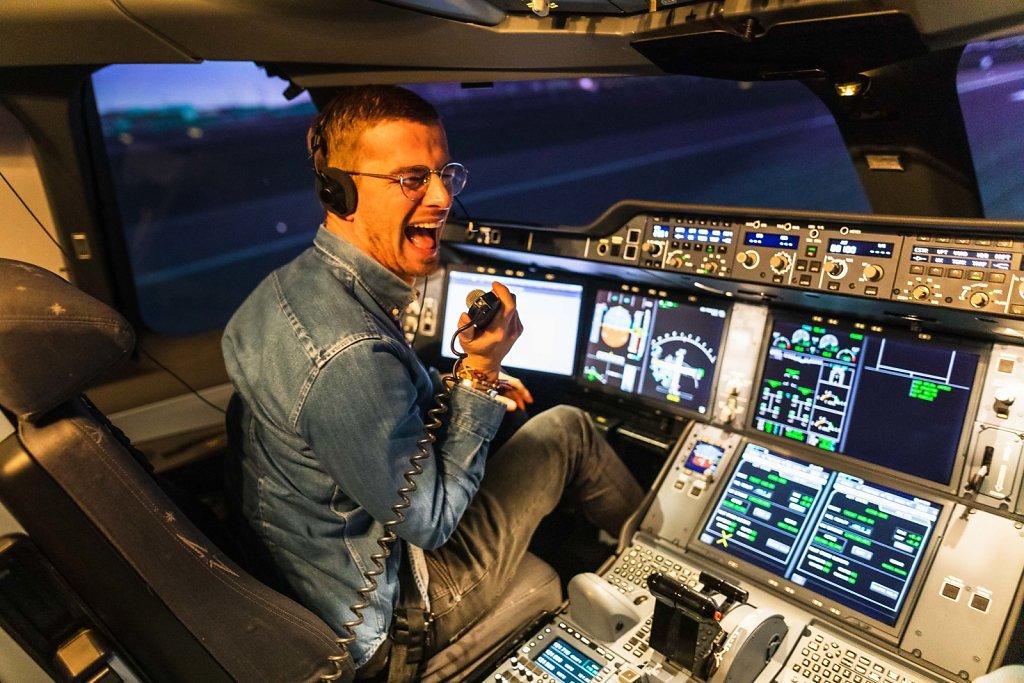 Im Flugsimulator mit Joko Winterscheidt